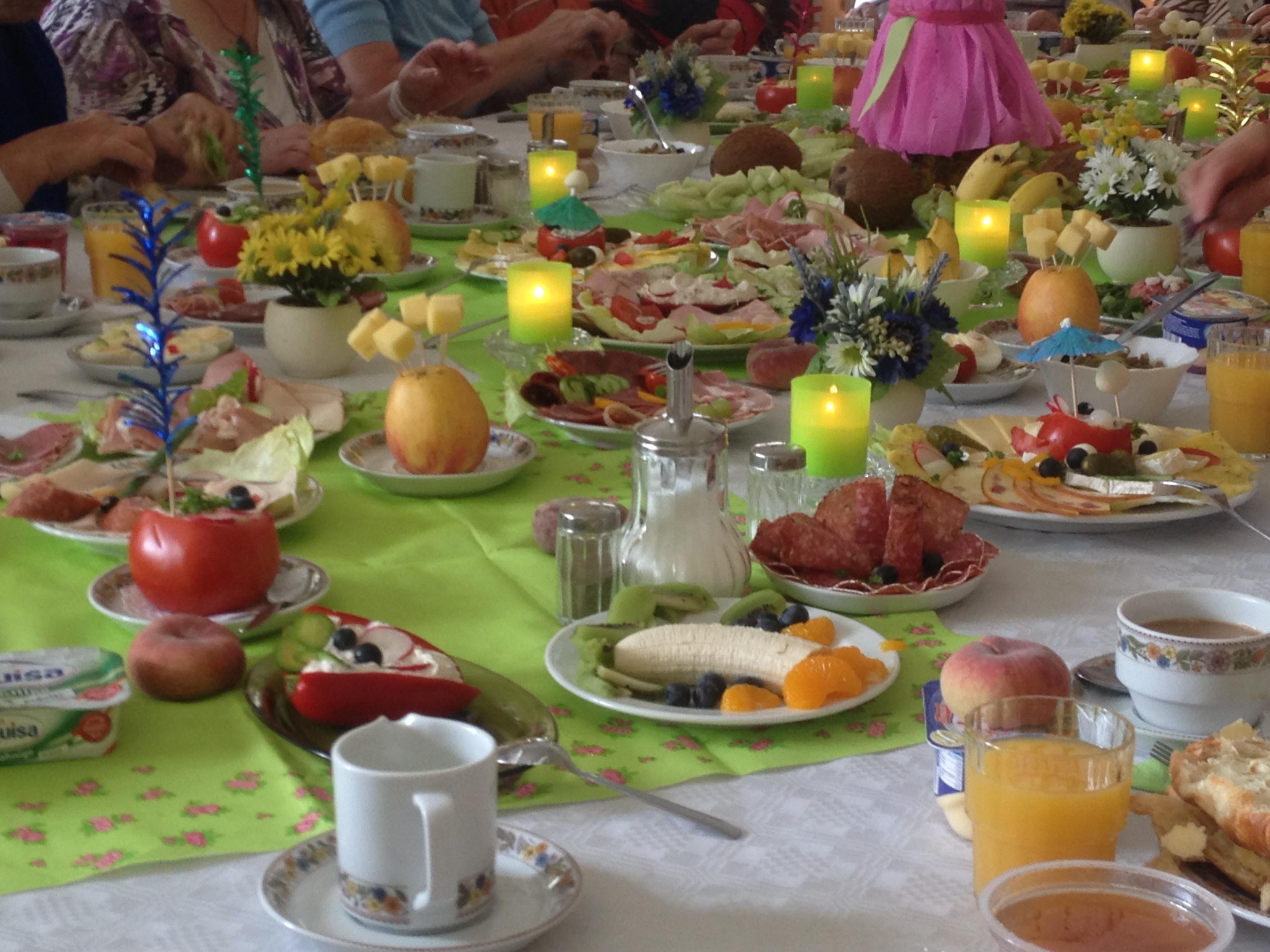 Ein Einblick in das Seniorenfrühstück des Netzwerks Senioren